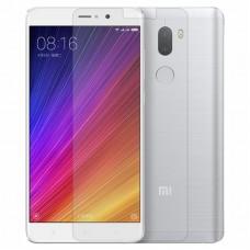 Защитное стекло для Xiaomi Mi 5s Plus - прозрачное